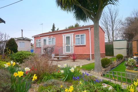 1 bedroom mobile home for sale - Victoria Road, Oulton Broad, Lowestoft