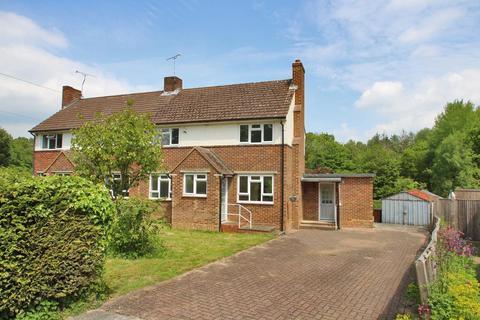 3 bedroom semi-detached house for sale - Admirals Walk, Benenden, Kent, TN17 4AH