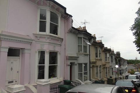 3 bedroom house to rent - Wakefield Road, Brighton,