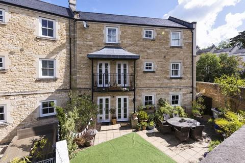 5 bedroom end of terrace house for sale - Eveleigh Avenue, Bath