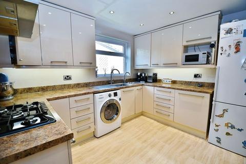 3 bedroom detached house for sale - Peel Green Road, Manchester