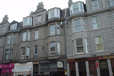 3 bedroom flat to rent - Holburn Street, Aberdeen, AB10 6BS