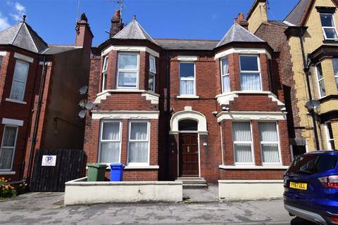 1 bedroom flat for sale - Blackburn Avenue, Bridlington, East Yorkshire, YO15