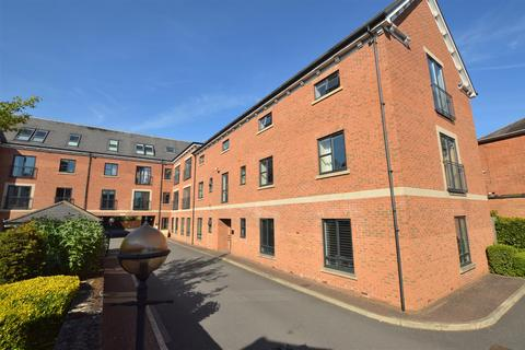 2 bedroom apartment for sale - Melton Court ( Ashbourne Road/Friar Gate Area ) Derby