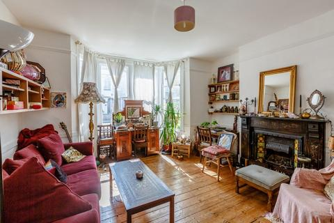 1 bedroom ground floor flat for sale - Crofton Park Road, Brockley, London, SE4 1AE