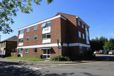 2 bedroom apartment for sale - St Jude's Road, Englefield Green