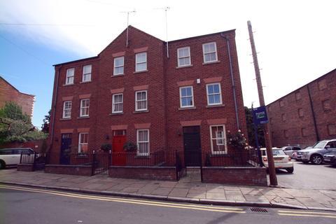 3 bedroom townhouse to rent - Duke Street, Chester
