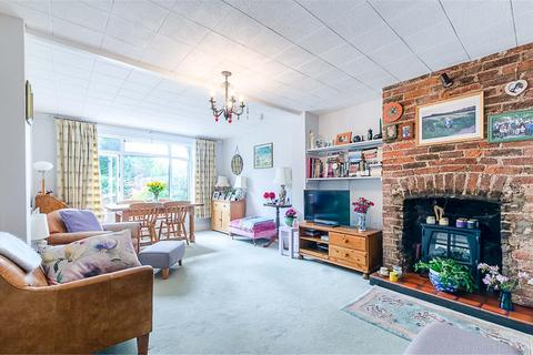 2 bedroom cottage for sale - Meadow Hill, Woodcote Grove, COULSDON, Surrey, CR5 2QQ