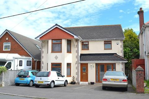 4 bedroom detached house for sale - Brunant Road, Gorseinon, Swansea, City And County of Swansea. SA4 4FL