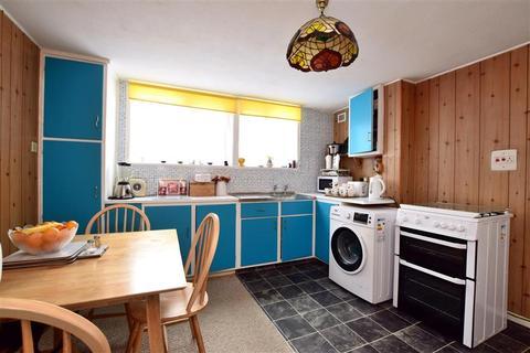3 bedroom terraced house for sale - Burstead Close, Hollingdean, Brighton, East Sussex