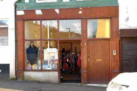 Shop to rent - Pool Street, Charity Shop, Caernarfon, LL55