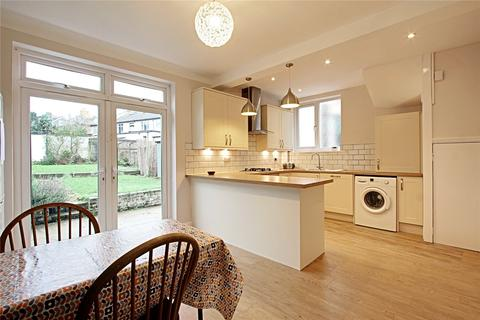 3 bedroom semi-detached house to rent - Clay Hill, Enfield, Middlesex, EN2