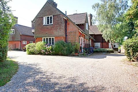 5 bedroom detached house to rent - Flowergate, Rowley Lane, Barnet, Hertfordshire, EN5