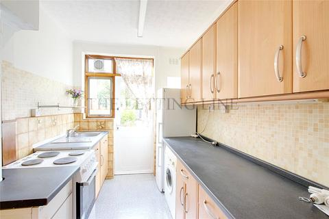 3 bedroom semi-detached house to rent - Blakesware Gardens, London, N9