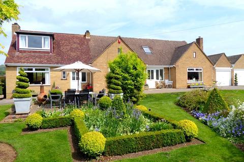 4 bedroom detached house for sale - Main Road, Westmancote, Tewkesbury, Gloucestershire, GL20