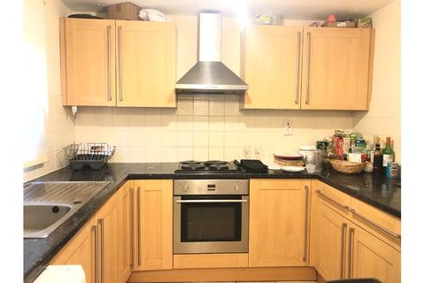 5 bedroom terraced house to rent - Crammond Close, Barons Court