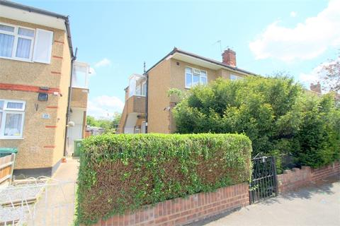 2 bedroom maisonette for sale - Brightside Avenue, STAINES-UPON-THAMES, Surrey