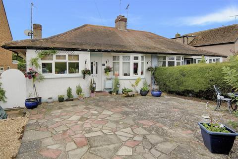 2 bedroom semi-detached bungalow for sale - Glenbervie Drive, Beltinge, Herne Bay, Kent