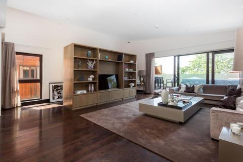 5 bedroom duplex for sale - West Heath Road Hampstead NW3