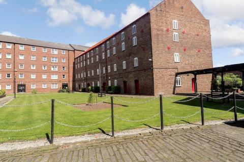 Studio for sale - Pease Court, High Street, Hull, HU1 1NG