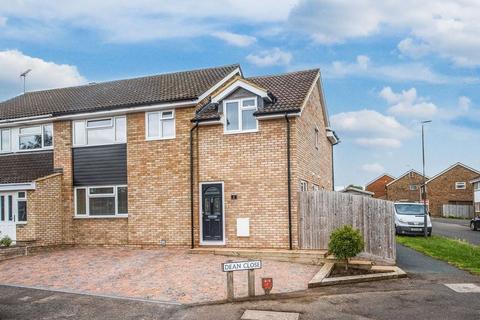 4 bedroom semi-detached house for sale - Charmfield Road, Aylesbury