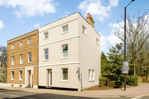 4 bedroom semi-detached house to rent - Clarence Road, Windsor, Berkshire, SL4