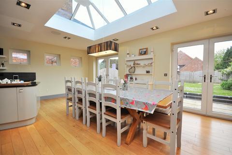 5 bedroom detached house for sale - Main Street, Nether Poppleton, York
