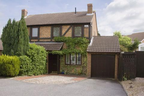 3 bedroom semi-detached house for sale - Thames Road, East Hunsbury, Northampton