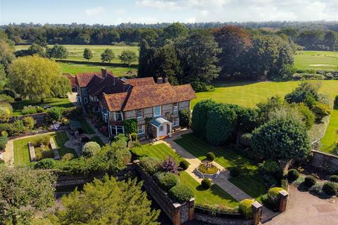 7 bedroom country house for sale - Eyhurst Farm, Outwood Lane, Kingswood