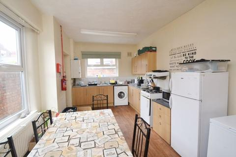 4 bedroom house to rent - Richmond Road, Manchester