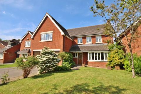 5 bedroom detached house for sale - Old Mill Drive, St Fagans, Cardiff