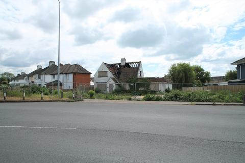 5 bedroom property with land for sale - Old Shoreham Road, Lancing BN15 0QT