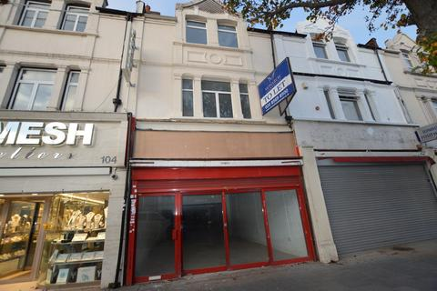 Office to rent - The Broadway, Southall