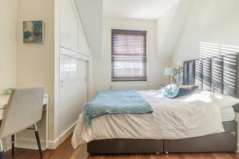 Studio to rent - Studio 3 Springett House, Bury Lane