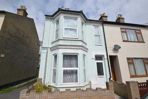 4 bedroom end of terrace house for sale - Beaconsfield Road, Lowestoft