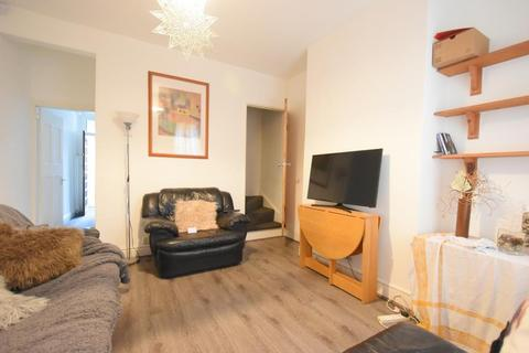 3 bedroom terraced house to rent - Delightful 3 Bedroom Student House on Milner Road, Selly Oak, 2019 - 2020