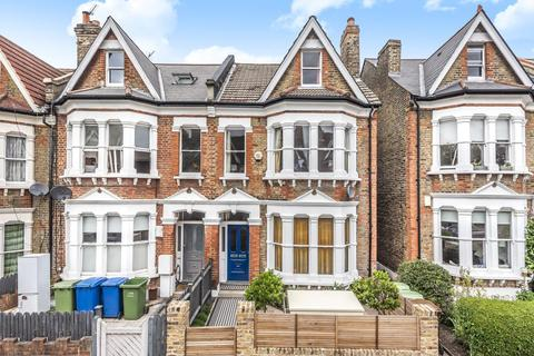 3 bedroom flat for sale - Wyneham Road, Herne Hill