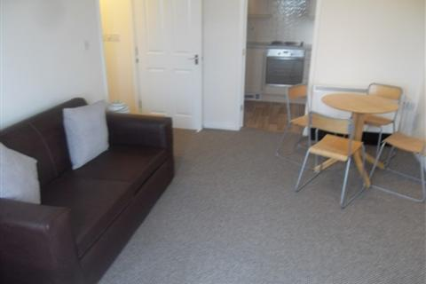 2 bedroom flat to rent - Chandlers Court, Victoria Dock, Hull