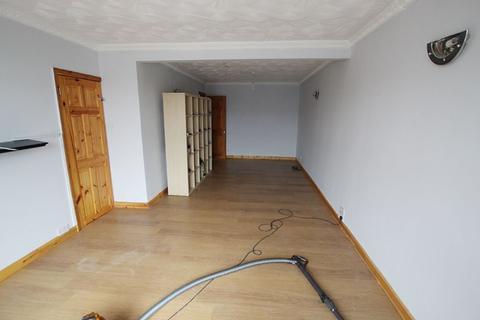 4 bedroom semi-detached house to rent - Booker Lane