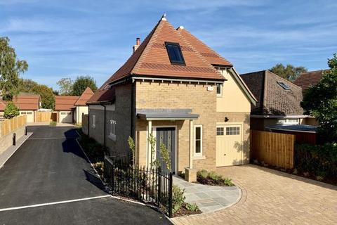 4 bedroom chalet for sale - Stirling Place, Gravel Hill, Wimborne, BH21 1RW
