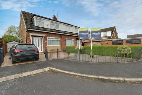 3 bedroom semi-detached house for sale - Newlyn Close, Hessle, East Yorkshire, HU13