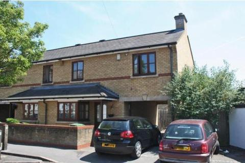 3 bedroom semi-detached house to rent - Howard Street,  East Oxford,  OX4