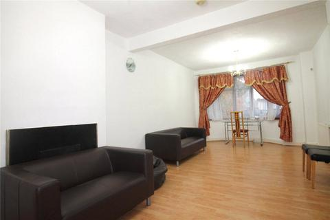 3 bedroom terraced house to rent - Ascot Gardens, Southall, UB1