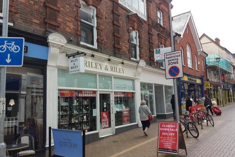 Retail property (high street) to rent - 52 Buttermarket, Ipswich IP1 1BT