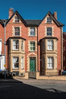 1 bedroom ground floor flat for sale - 2B Maesderwen, Temple Street, Llandrindod Wells, LD1 5DU