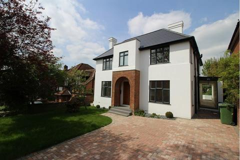 5 bedroom detached house to rent - Hamilton Road, High Wycombe, Bucks, HP13 5BH