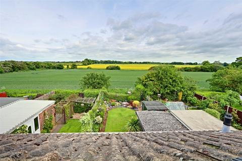3 bedroom semi-detached house for sale - Ridgestone Avenue, Bilton, Hull, East Yorkshire, HU11