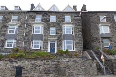6 bedroom semi-detached house for sale - 6 Porkington Terrace, Barmouth, LL42 1LX