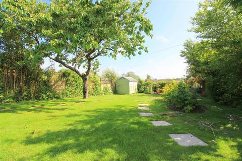 3 bedroom semi-detached bungalow for sale - Valley Road, Sompting, Lancing