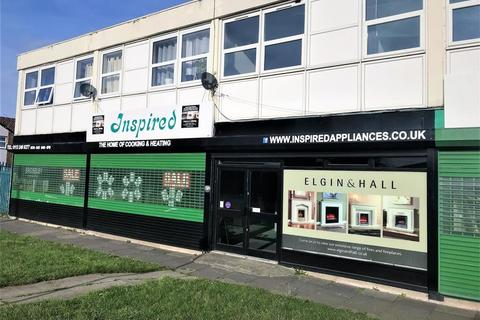 Retail property (high street) to rent - Harehills Lane, Leeds, LS9